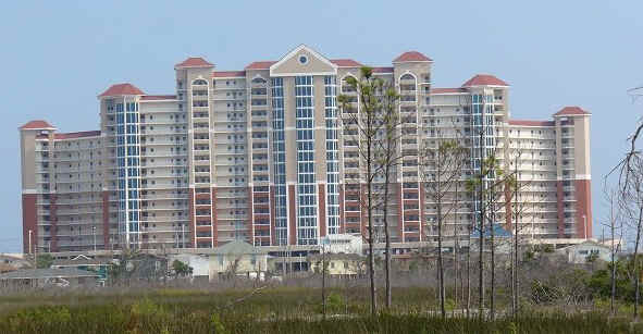 Myrt Hales invites you to stay in his beautiful new Unit 1512 of Lighthouse condominiums in Gulf Shores, Alabama, available for rental and vacations for honeymoon, fun weekend getaway or just to enjoy looking out at the Gulf of Mexico!